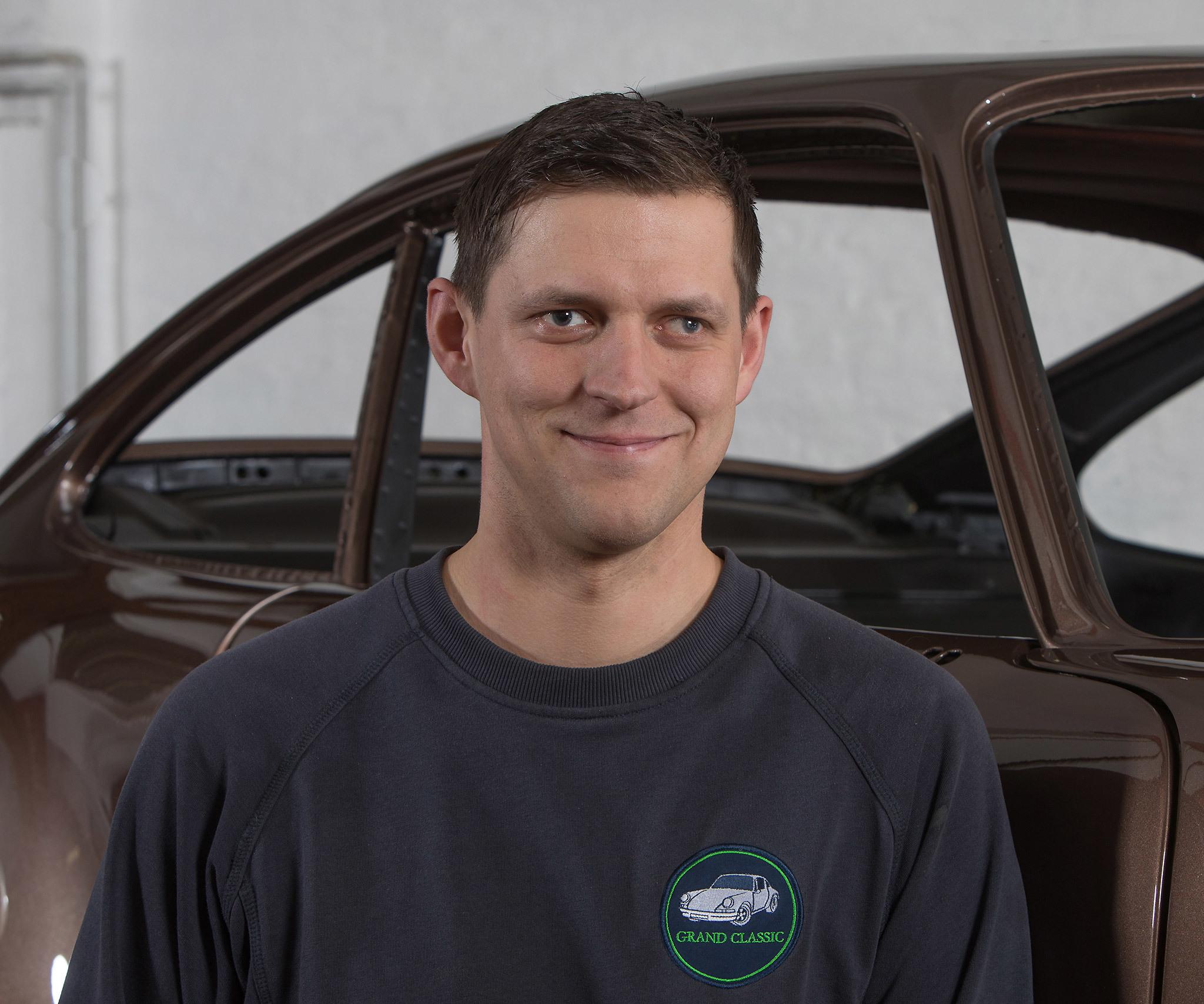 Matthias Schiedt Jahrgangsbester Kfz Mechatroniker 2017