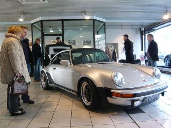Praesentation Des Neuen Porsche 911 Turbo Bild03