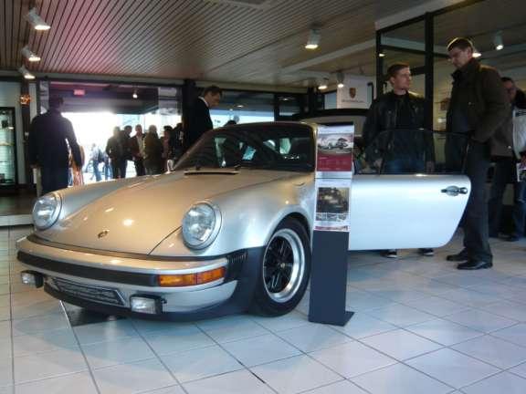 Praesentation Des Neuen Porsche 911 Turbo Bild15