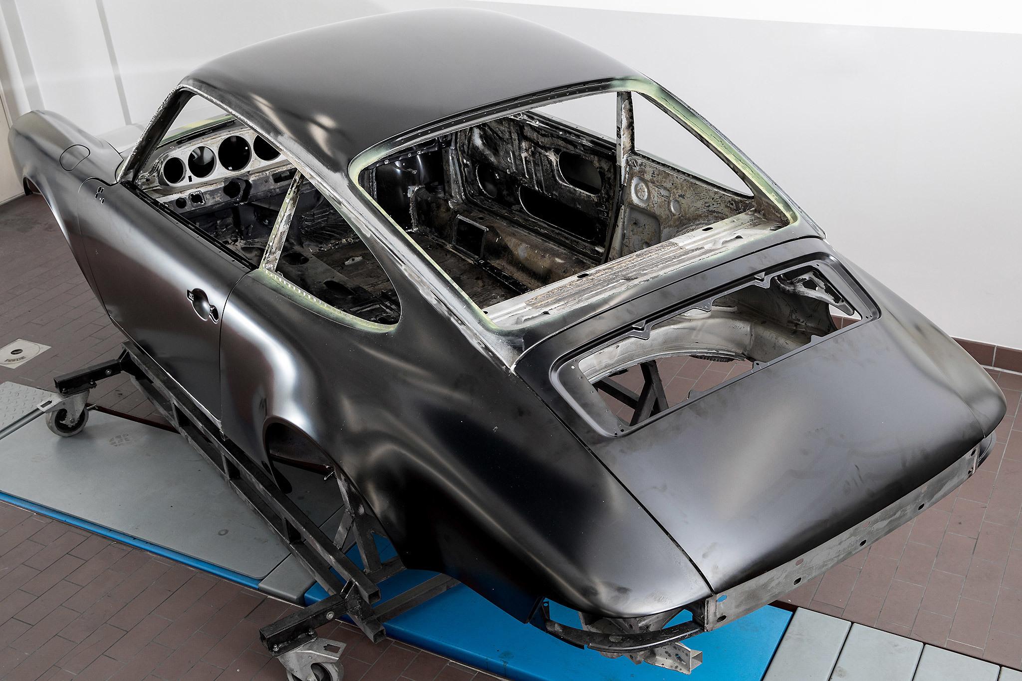 Slider1 Karosserie Und Schweissarbeiten Porsche