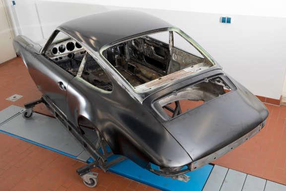Galerie1 Bild5 Karosserie Blecharbeiten Porsche