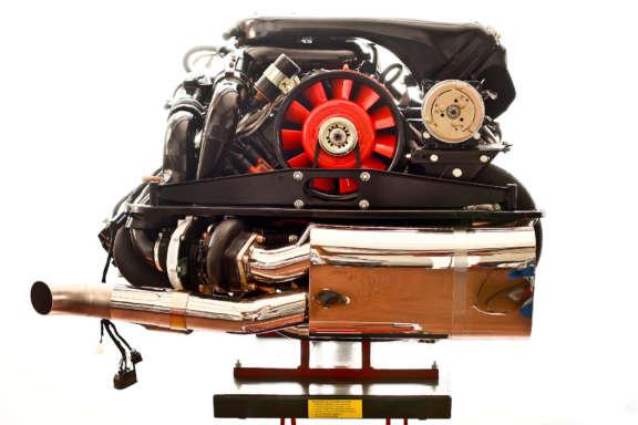 Galerie1 Bild11 Motorueberholung Porsche 930