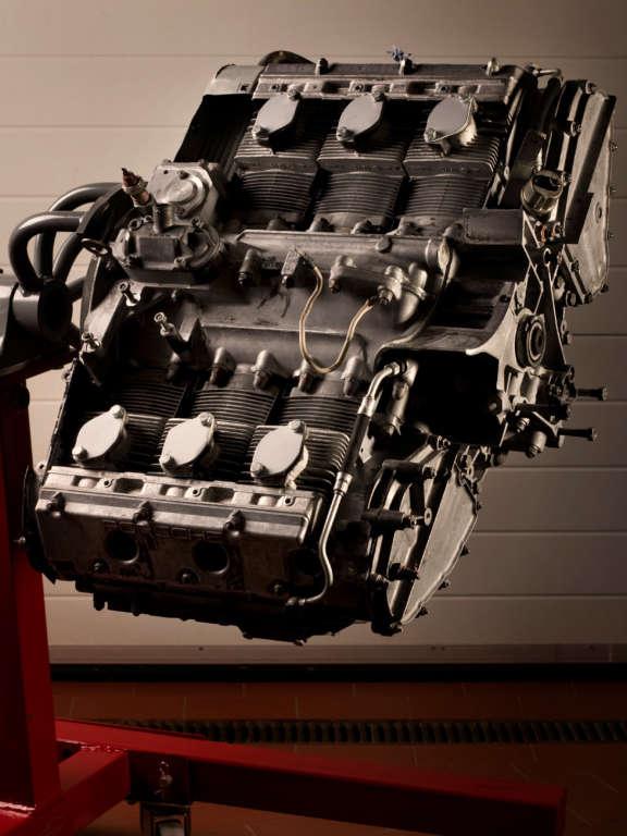 Nussschalenstrahlen Porsche Grundmotor