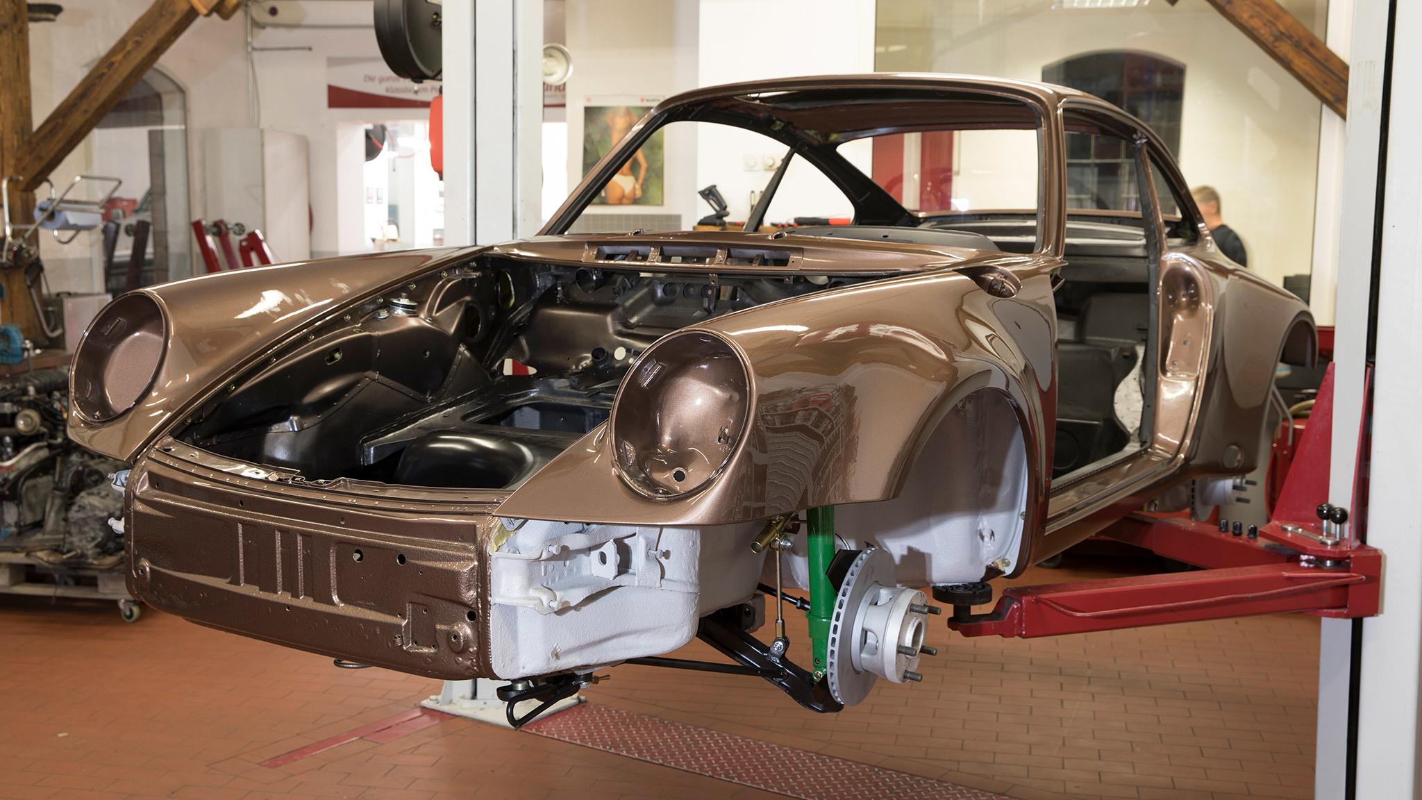 Komplett Restauration Porsche 930 Kupferbraun Metallic