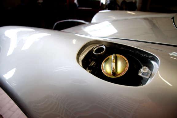 Galerie2 Bild2 Komplett Restauration Porsche 930 Silber Metallic